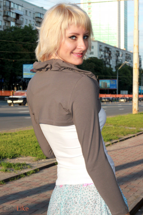 Болеро коричневое Деловая женская одежда
