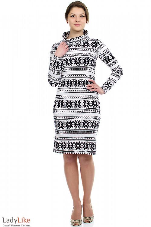 Платье черно-белое Деловая женская одежда