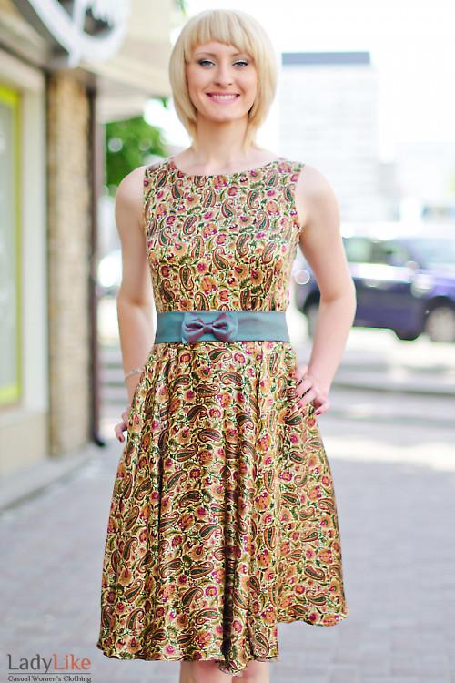 Платье летнее пестрое Деловая женская одежда
