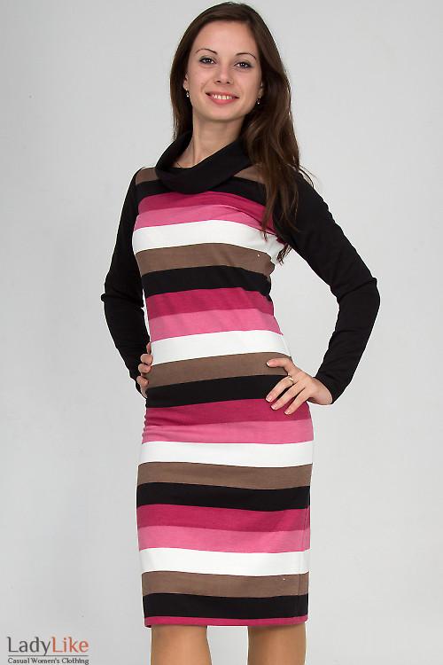 Фото Платье в розовую полоску Деловая женская одежда