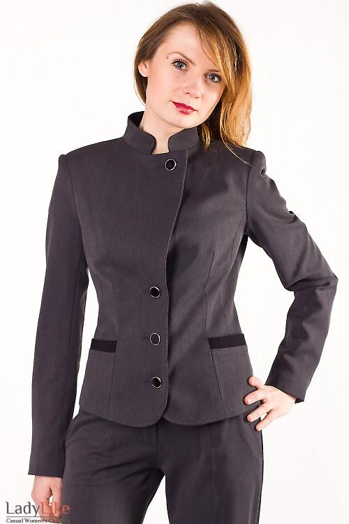 Фото Жакет серый с черными вставками Деловая женская одежда