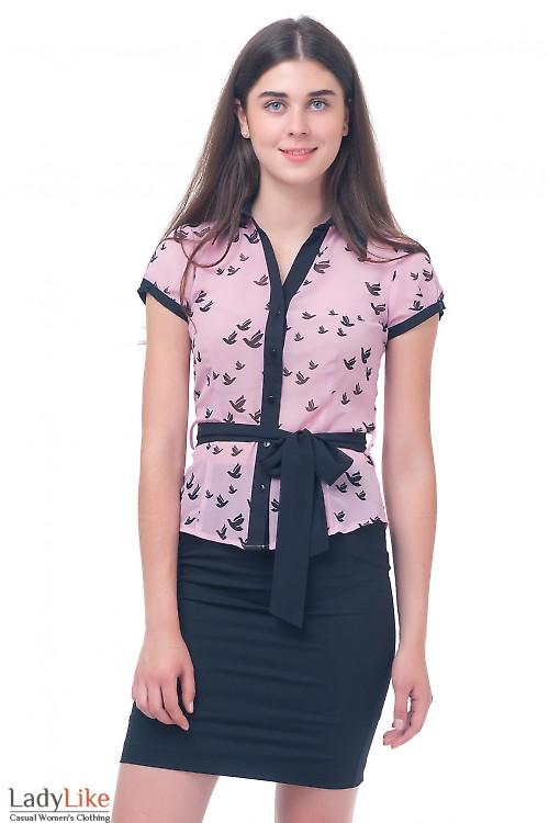 Блузка розовая с птичками Деловая женская одежда