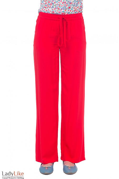 Брюки красные из штапеля Деловая женская одежда