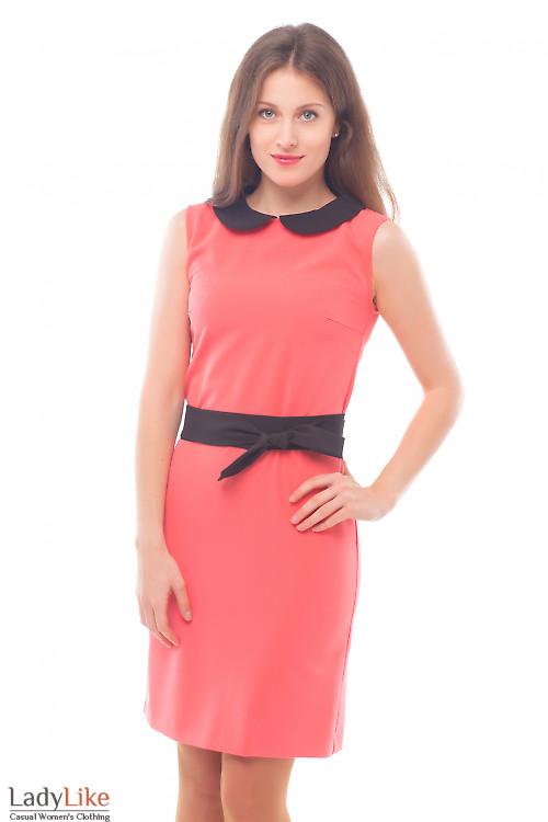 Платье розовое с черным воротником Деловая женская одежда
