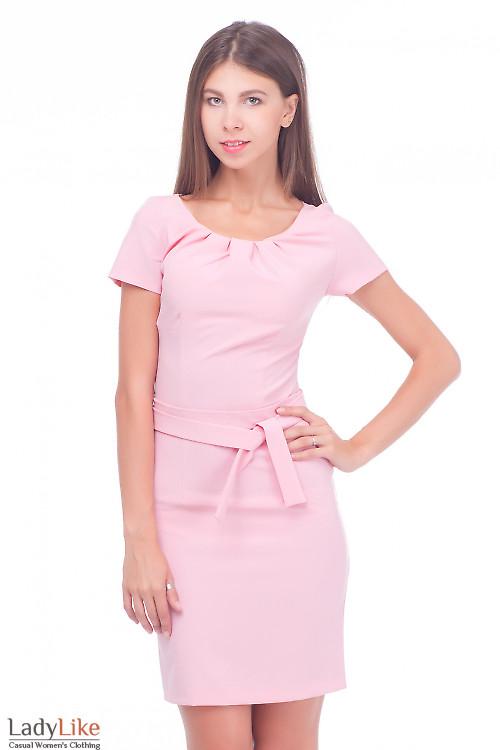 Платье розовое с защипами по горловине Деловая женская одежда