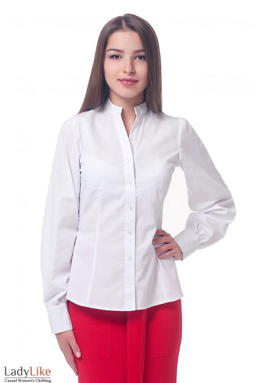 Белая блузка со стойкой Деловая женская одежда