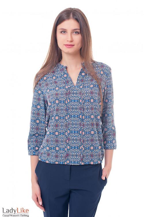 Блузка в синий узор с резинками сбоку Деловая женская одежда фото