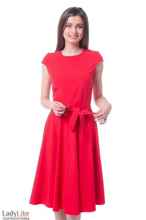 Платье красное с юбкой-клеш Деловая женская одежда фото