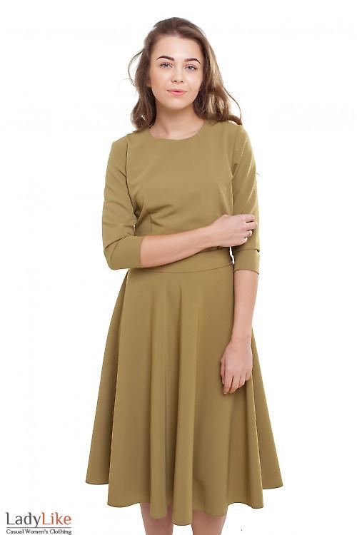 Платье пышное с поясом горчичное Деловая женская одежда фото