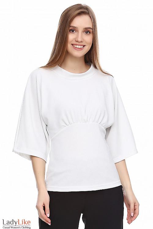 Блузка трикотажная белая с люрексом. Деловая женская одежда