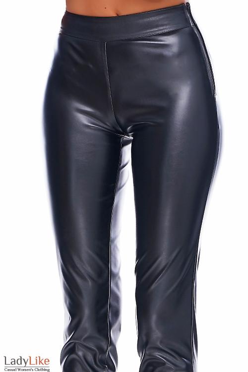 Брюки из эко-кожи Деловая женская одежда фото