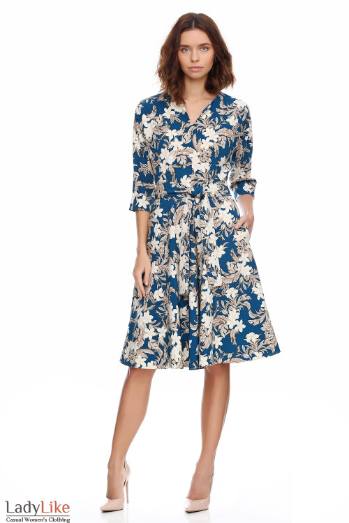 Платье бирюзовое в крупные цветы. Деловая женская одежда фото