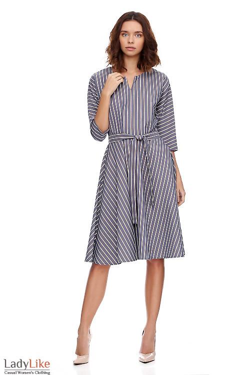 Платье пышное в серую полоску. Деловая женская одежда фото