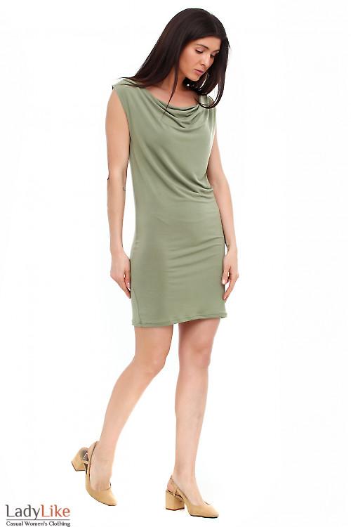 Платье с качелькой зеленое. Деловая женская одежда фото