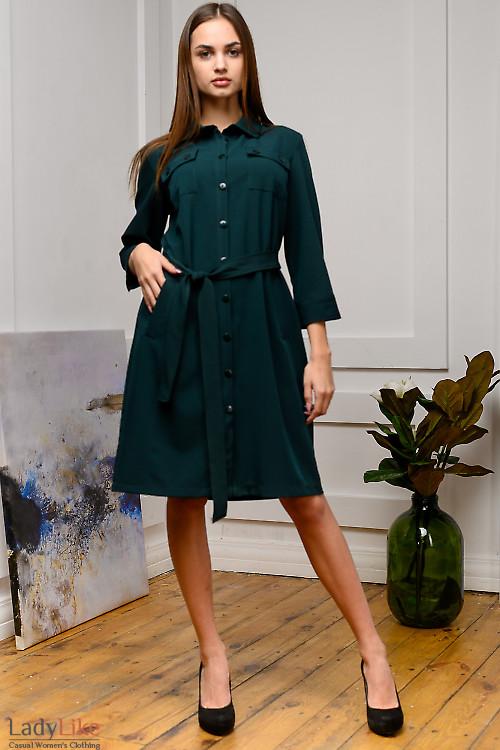 Платье сафари бутылочного цвета. Деловая женская одежда