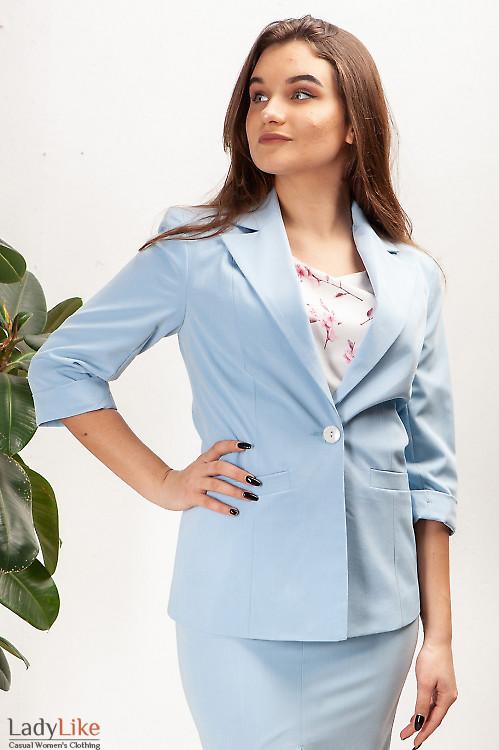 Жакет голубой с рукавом три четверти. Деловая женская одежда фото