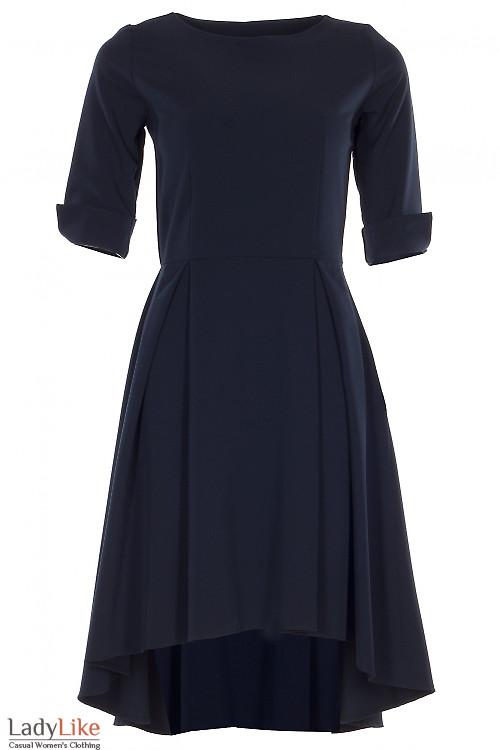 Платье синее с неровным низом Деловая женская одежда фото