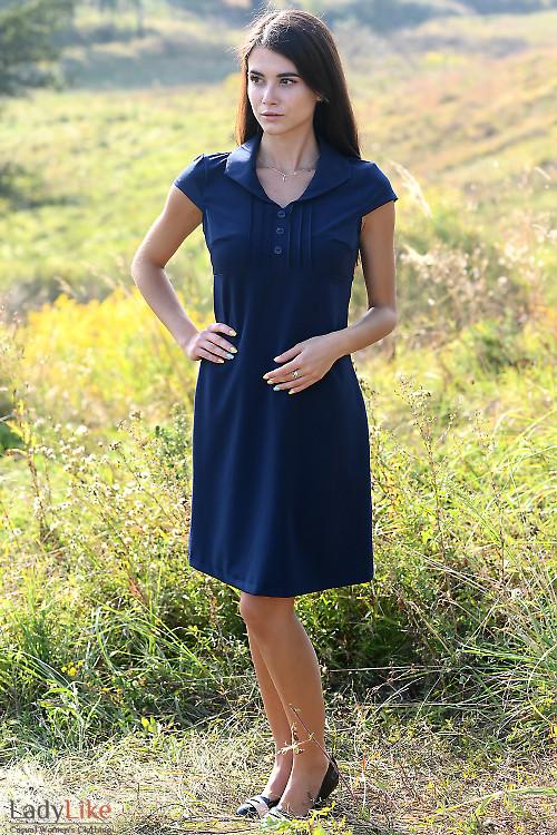 Купить короткое синее платье с защипами. Деловая женская одежда фото