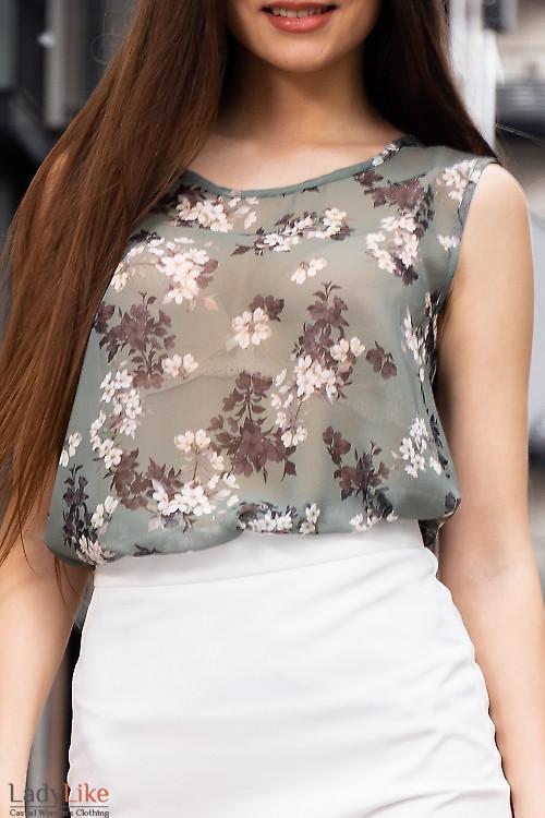 Купити зелений шифоновий топ в квіти. Діловий жіночий одяг.