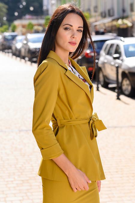 Жакет цвета горчица с поясом фото