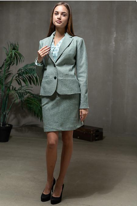Женский теплый костюм в зеленую елочку. Деловая одежда