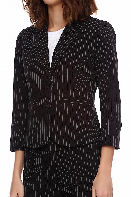 Пиджак женского брючного костюма в полоску