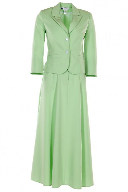 Салатовый костюм с юбкой миди. Деловая женская одежда