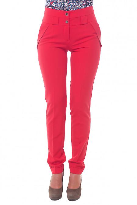 Брюки красные с двойным поясом. Деловая женская одежда