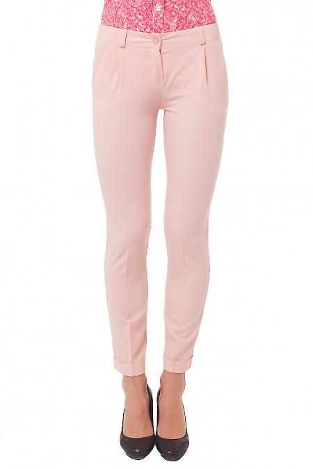 Брюки розовые с манжетой. Деловая женская одежда