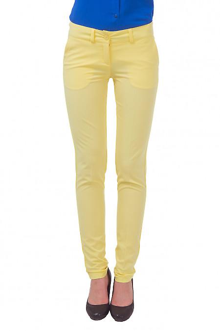 Брюки желтые с карманами Деловая женская одежда