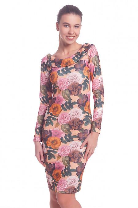 Платье в цветы с открытой спиной. Деловая женская одежда