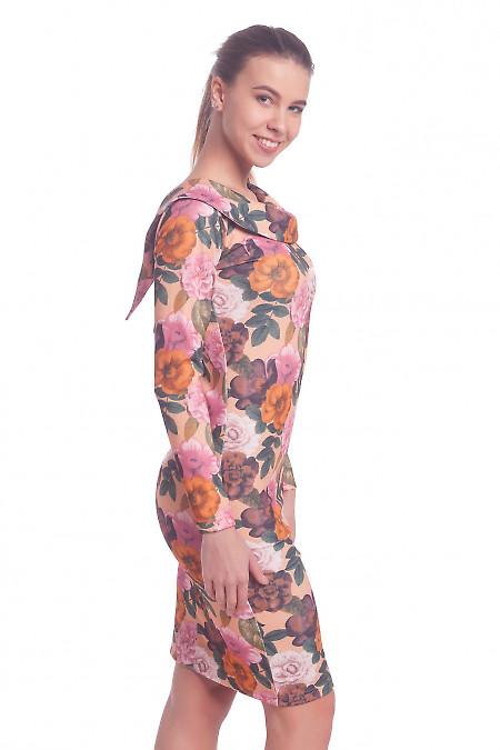 Женское трикотажное платье в цветочный принт