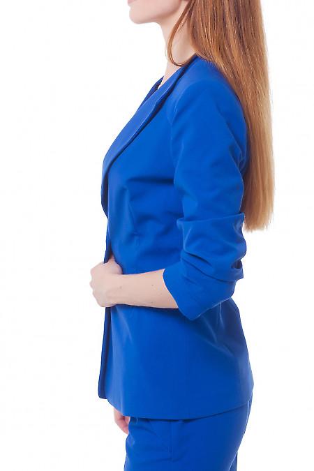 Купить жакет цвета электрик деловую женскую одежду