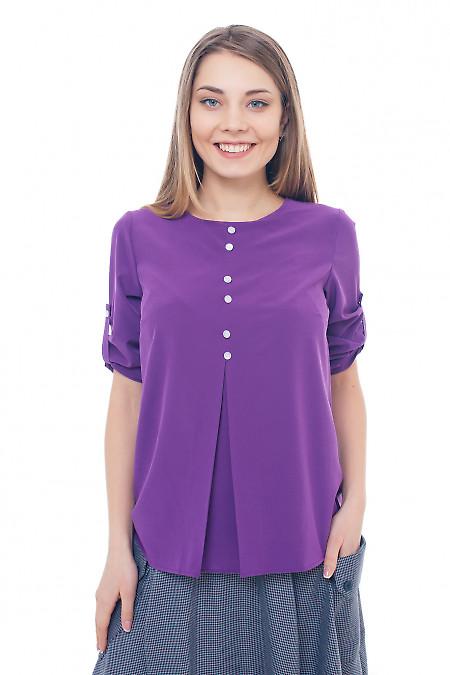 Фиолетовая блузка со встречной складкой. Деловая женская одежда