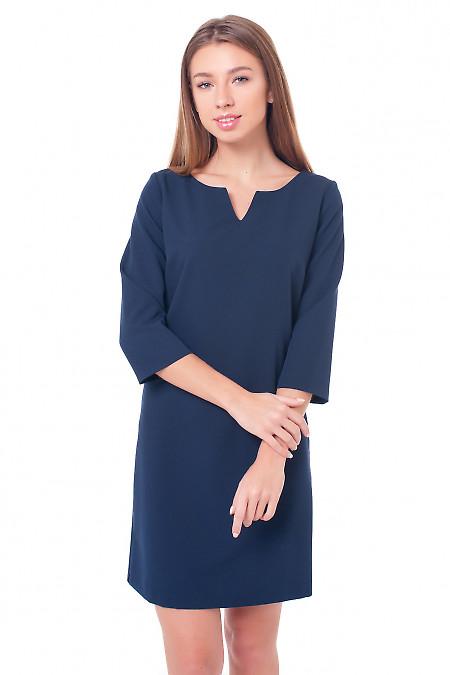 Платье синее с V-образной горловиной. Деловая женская одежда