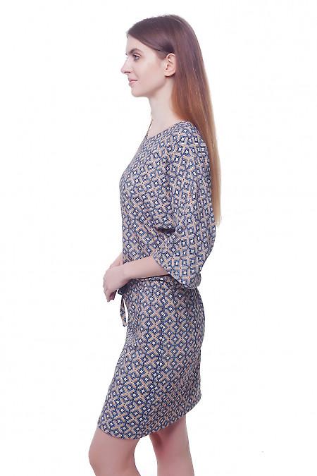 Купить платье трикотажное в бежевый ромбик Деловая женская одежда фото