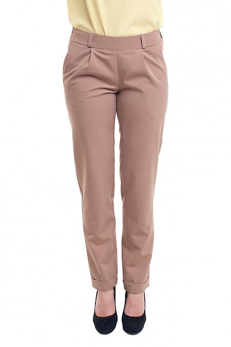 Бежевые женские брюки на резинке. Деловая женская одежда