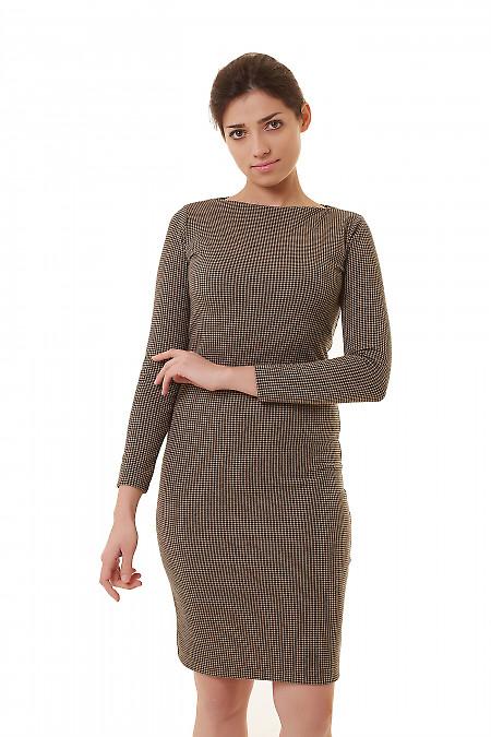Платье трикотажное в мелкую бежевую лапку Деловая женская одежда фото