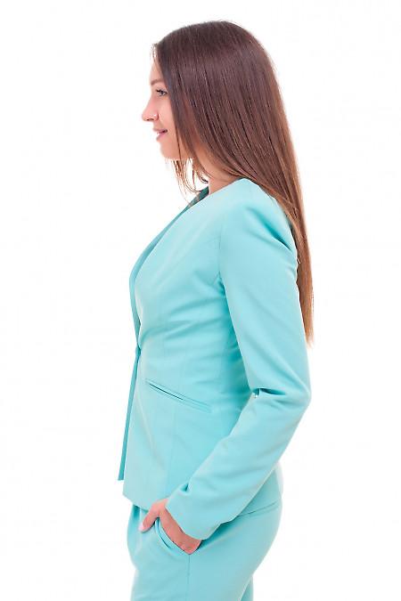 Купить жакет удлиненный бирюзовый без воротника Деловая женская одежда фото