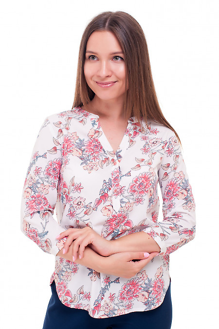 Блузка белая в коралловые розы. Деловая женская одежда фото