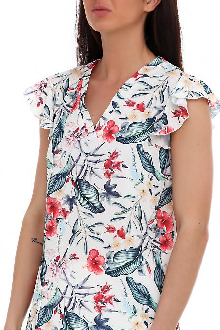Купить яркую блузку в цветы. Деловая женская одежда фото