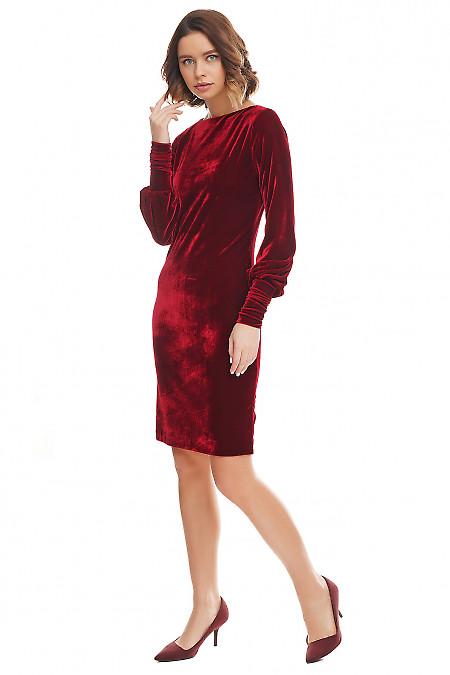 Купить платье из вишневого бархата. Деловая женская одежда фото
