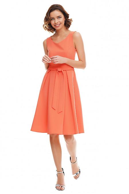 Купить платье коралловое с юбкой в складку Деловая женская одежда фото