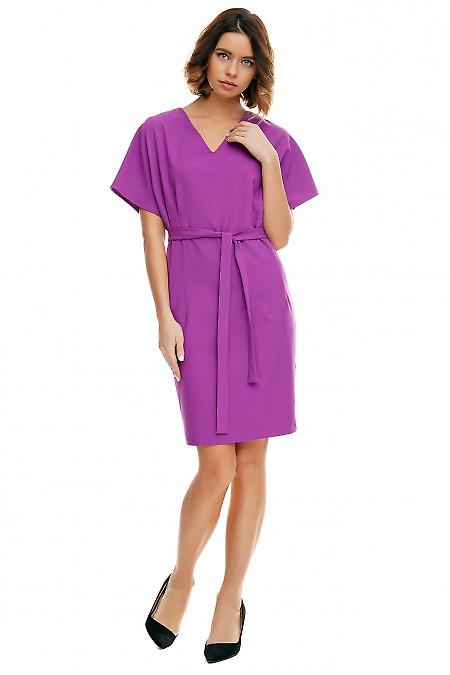 Платье сиреневое с двумя защипами по бокам. Деловая женская одежда