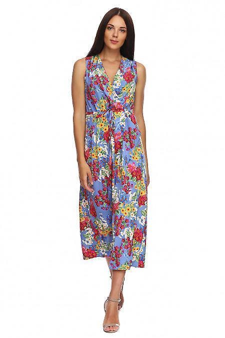 Платье в пол с защипами на плечах синее в цветы. Деловая женская одежда фото