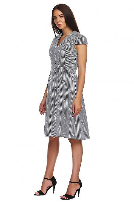 Купить платье в полоску с отложным воротом. Деловая женская одежда фото