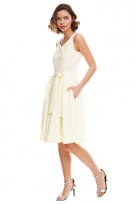Купить платье желтое с юбкой в складку Деловая женская одежда фото