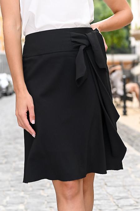 Черная юбка с оборкой
