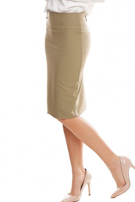 Строгая юбка оливкового цвета