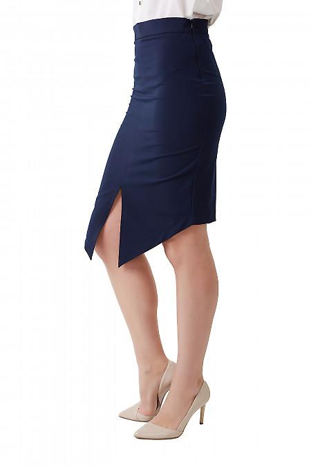Купить юбку синюю с удлинённым передом Деловая женская одежда фото